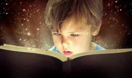 Bimbi in libreria: l'importanza della lettura per i bambini da 0 a 6 anni